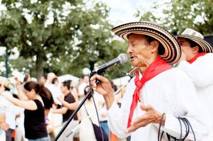 Musiker auf einem Salsa-Festival